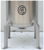 legs for cryogenic dewar flasks