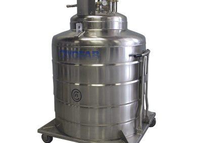 liquid hydrogen tank