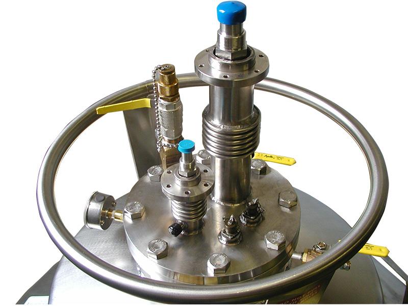 custom liquid helium vessel